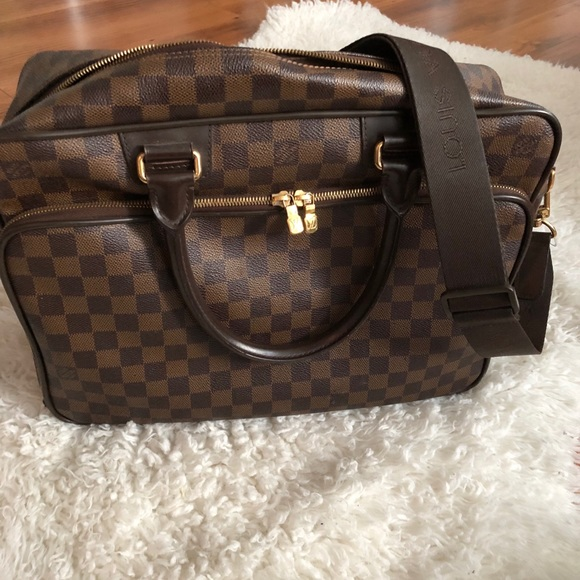 a1897b4ba19 Louis Vuitton Bags   Business Bag   Poshmark